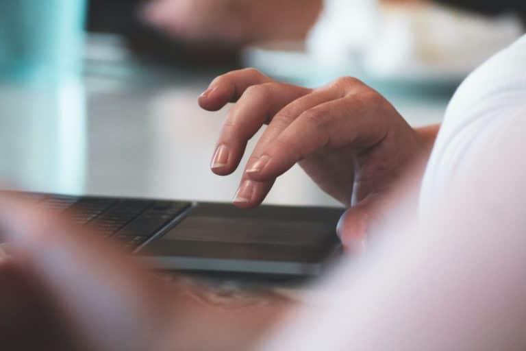 Faut-il utiliser les annuaires en ligne pour votre référencement ?